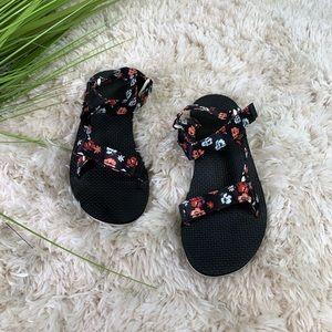 Teva floral print adjustable strap sandals 9